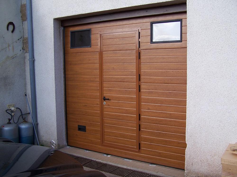 porte de garage sectionnelle sur mesure devis porte garage. Black Bedroom Furniture Sets. Home Design Ideas