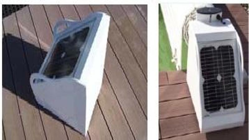 accessoire volet de piscine motorisation solaire. Black Bedroom Furniture Sets. Home Design Ideas