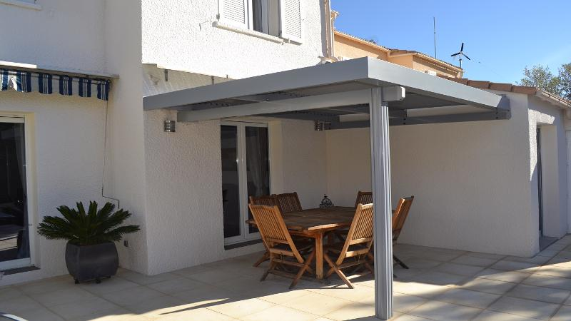 pergola bioclimatique pergola en kit pergola aluminium. Black Bedroom Furniture Sets. Home Design Ideas