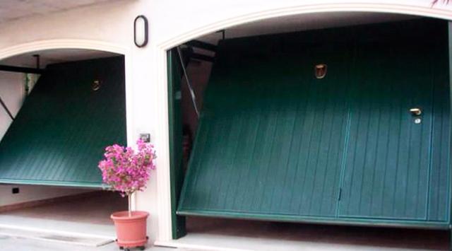 Prix porte garage basculante devis porte garage basculante - Installation porte de garage basculante ...