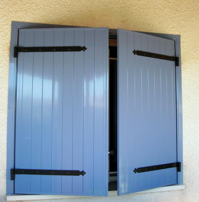 Volet battant sur mesure pas cher for Porte 2 battants interieur