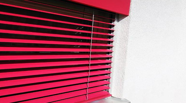 Brise soleil orientable anti-effraction LAE
