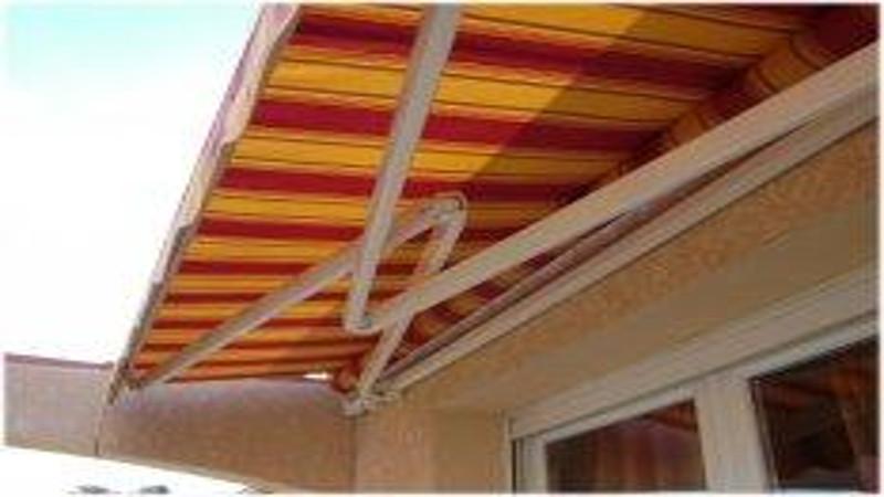 store de terrasse devis store de terrasse bras crois s. Black Bedroom Furniture Sets. Home Design Ideas