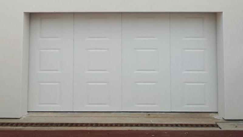Porte de garage latérale a cassette