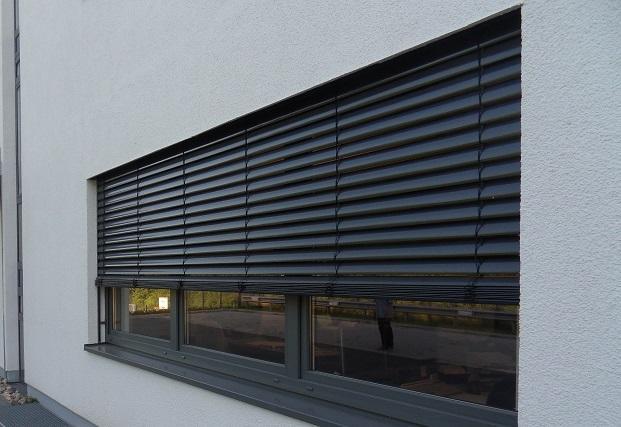 brise soleil orientable aluminium f 80. Black Bedroom Furniture Sets. Home Design Ideas