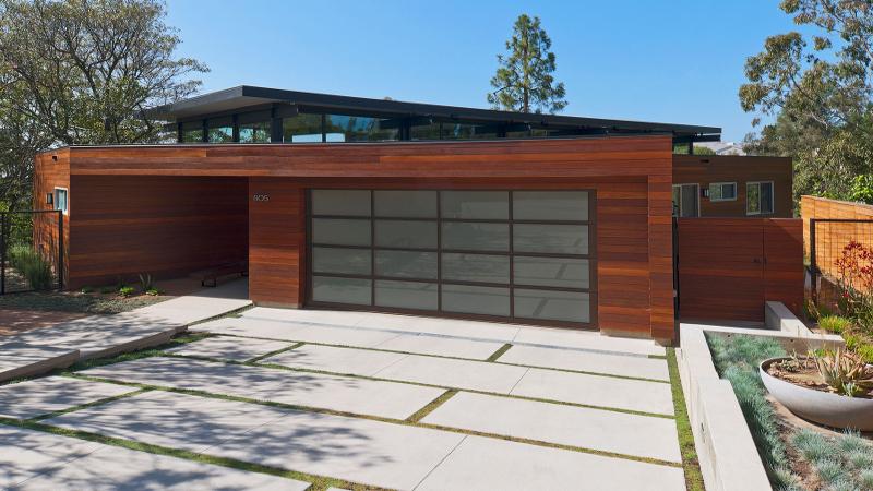 Porte de garage sectionnelle sur mesure nao fermetures - Porte de garage sectionnelle sur mesure ...