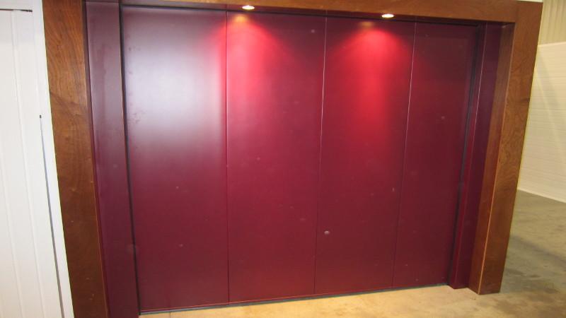 porte de garage sectionnelle sur mesure porte garage lat rale. Black Bedroom Furniture Sets. Home Design Ideas