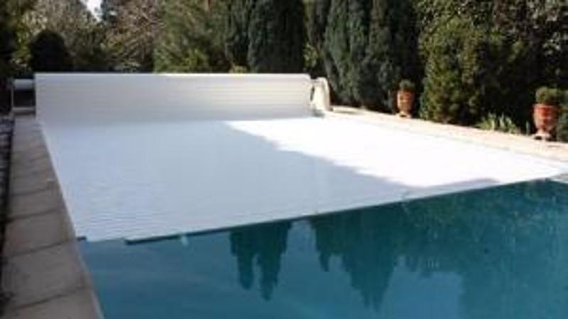 Volet de piscine volet de piscine mobile volet piscine for Prix piscine hors sol tout compris