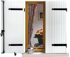 volet battant pvc sur mesure devis volet battant nao. Black Bedroom Furniture Sets. Home Design Ideas
