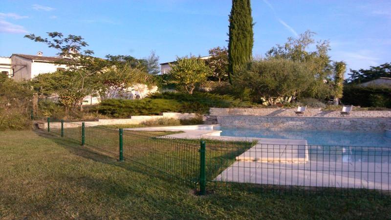 Panneau grillage rigide devis cl ture rigide - Cloture piscine souple ...