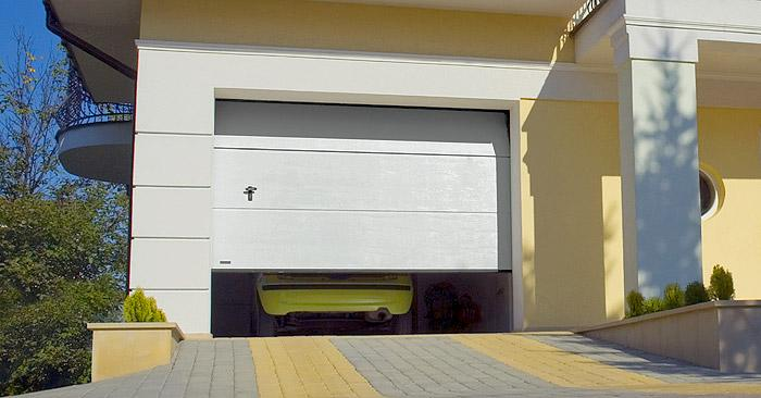 devis porte garage sectionnelle porte garage panneaux lisses. Black Bedroom Furniture Sets. Home Design Ideas